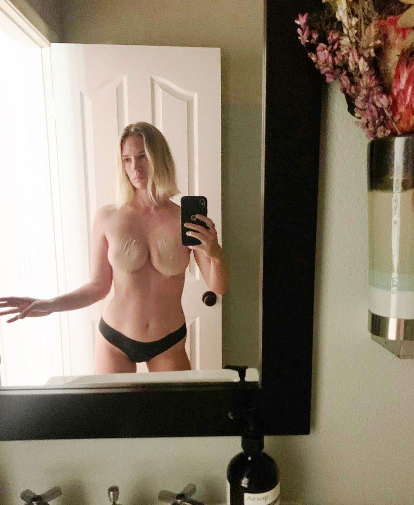 January jones topless